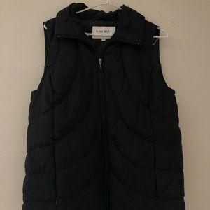 Nine West vest  Size: medium  Worth 85  Black
